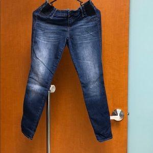 Denim - 2 Denim skinny jeans that hit at the ankle